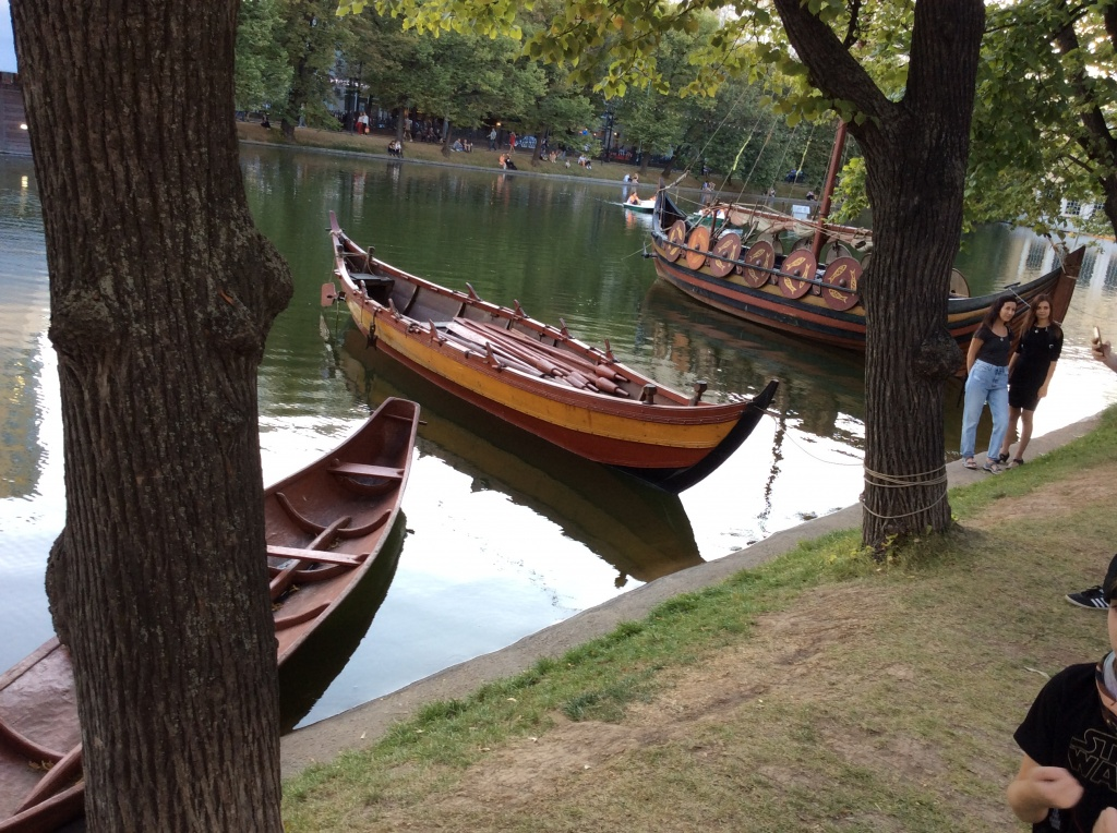 Деревянные лодки